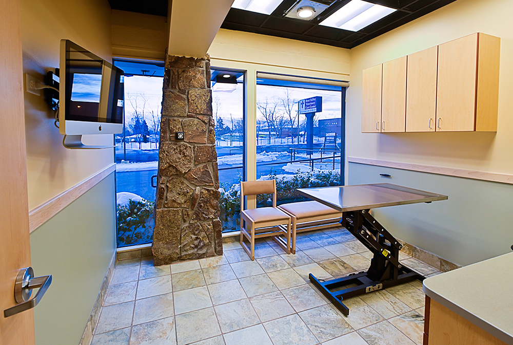 Bear Valley Veterinary Clinic