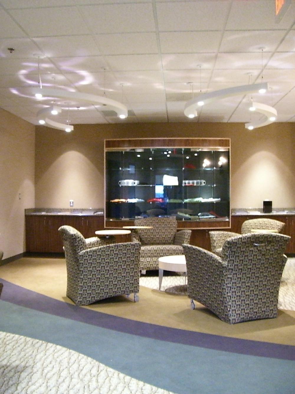 Pilot-lounge-cool-lights